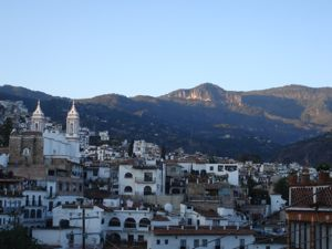 Leaving_taxco